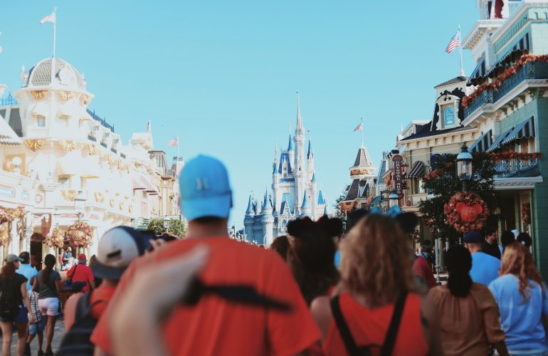 Qual é o seu perfil de viajante Orlando/Disney? Photo by Amy Humphries on Unsplash