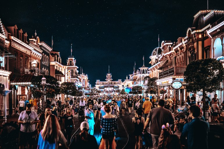 Disney - Magic Kingdom - Photo by Benjamin Suter on Unsplash