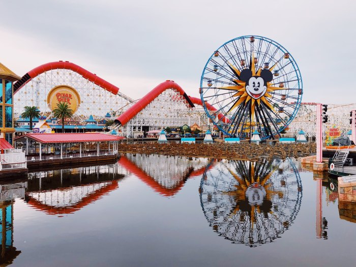 California Adventure - Disney - Califórnia. Photo by Brandi Ibrao on Unsplash