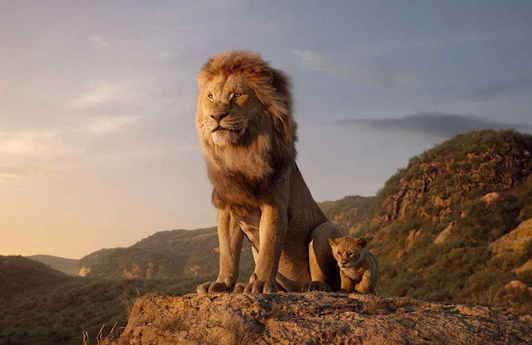 Mufasa e Simba, em cena de 'O Rei Leão' (2019)