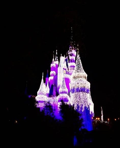 O Castelo da Cinderela, depois de ser 'congelado' pela Elsa
