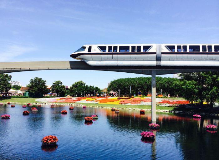 O Monorail, um dos meios de transporte mais populares da Disney